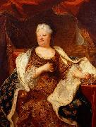 Madame holding a crown of a daughter of France